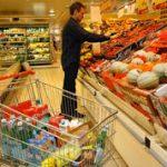 Analizan una devolución del IVA de los productos de la canasta básica