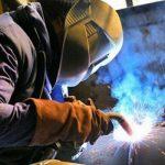 Metalúrgicos de Tierra del Fuego acordaron paritarias por 22 y 24%