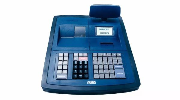 El otro modelo, de la marca KRETZ, se trata de una Caja Registradora Num 100 TEA